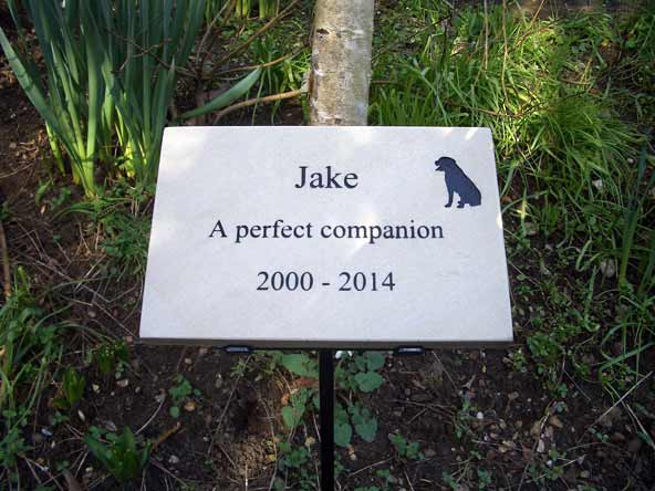 sandstone pet companion memorial on steel stick and stand