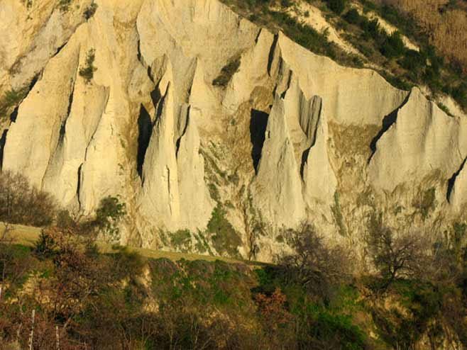 sandstone hill