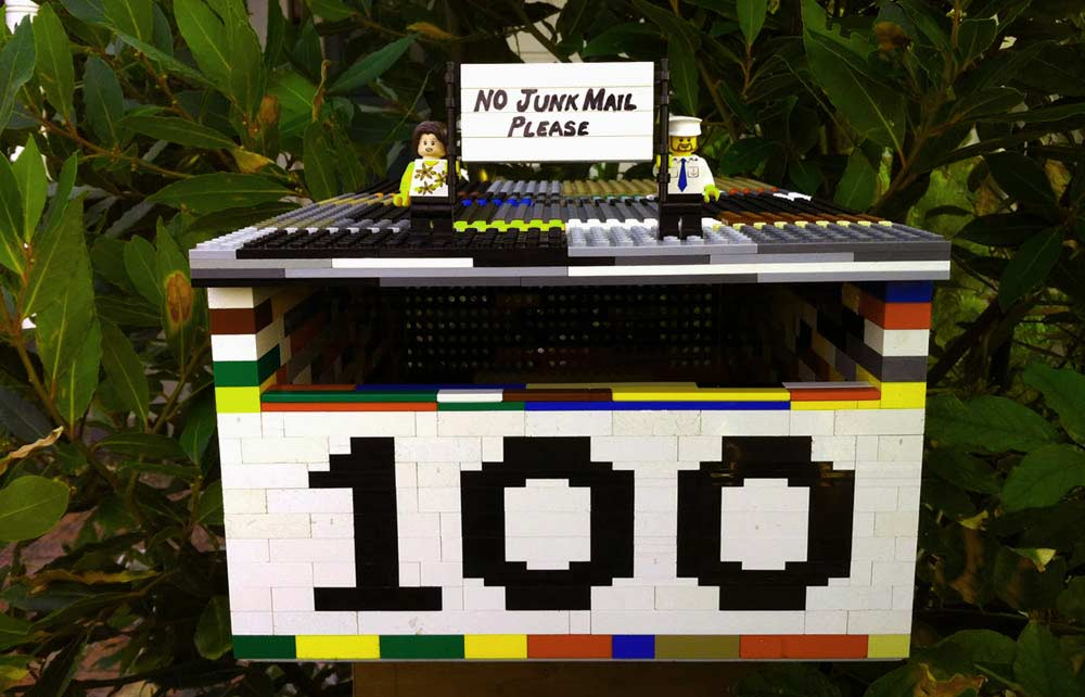 lego house sign