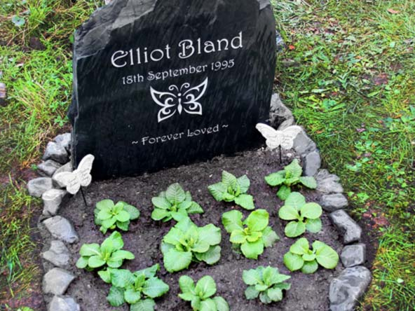 welsh slate headstone for elliot bland