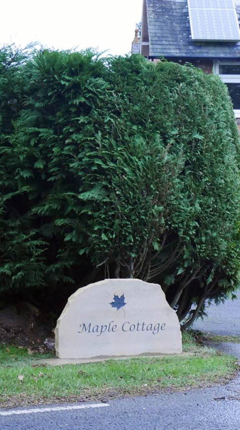 maple cottage freestanding yorkshire sign