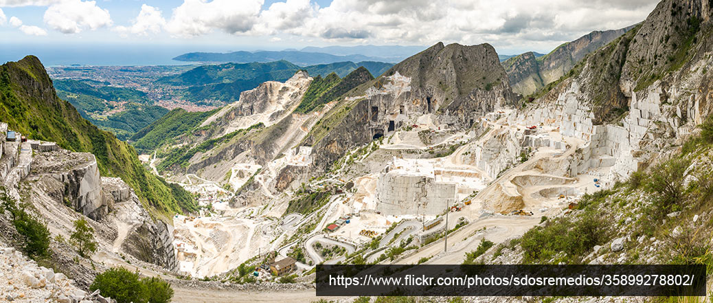 quarry in carrara italy