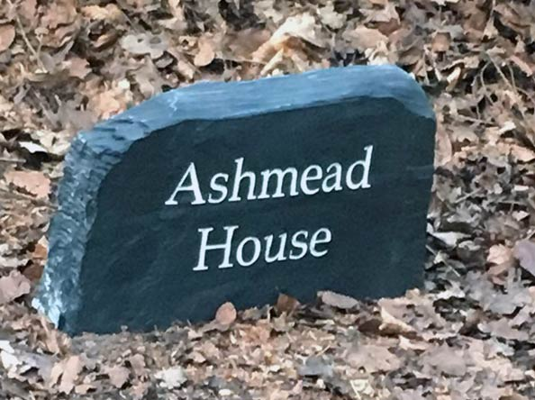 free standing slate sign with text ashmead house thumbnail